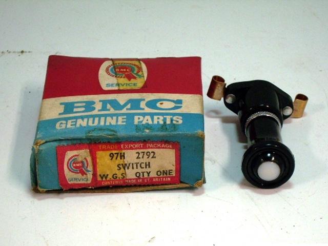 BMC スイッチ 純正(フォグランプ・リバースランプ) 未使用 箱入り 英国車・MINIのレアパーツ 電装関係(ランプ類を除く)