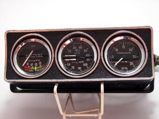 三連メーター(voltage/oil pressure.water temp/vacum) 中古 スミス製 英国車・MINIのレアパーツ 計器類