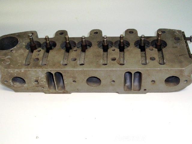 シリンダーヘッド Speedwell 7ポート Speedwell 英国車・MINIのレアパーツ エンジン・パーツ(Engine Parts)