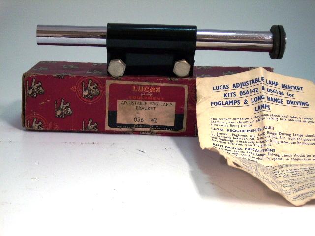 フォグランプ ブラケット 純正 ルーカス Lucas 未使用 英国車・MINIのレアパーツ ボディ&エクステリア(Body/Exterior)