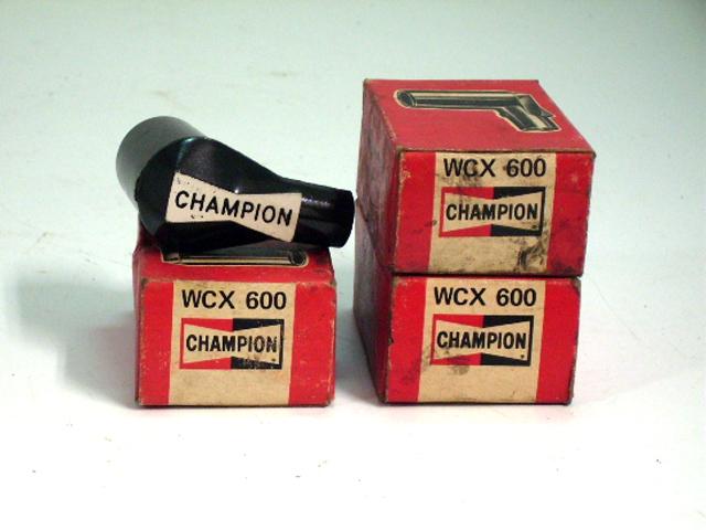 チャンピオン プラグキャップ 純正 WCX600 英国車・MINIのレアパーツ 電装関係(ランプ類を除く)
