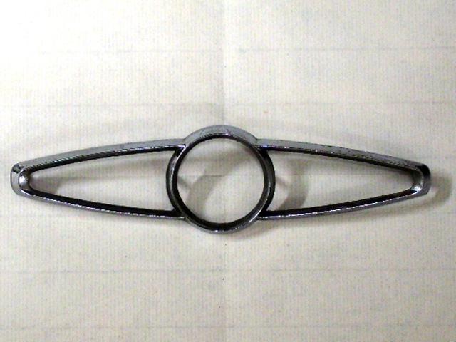 バッジ (リア) オースチン ミニ クーパー MK2 純正 未使用 ベゼル付き 英国車・MINIのレアパーツ エンブレム類(Emblem)