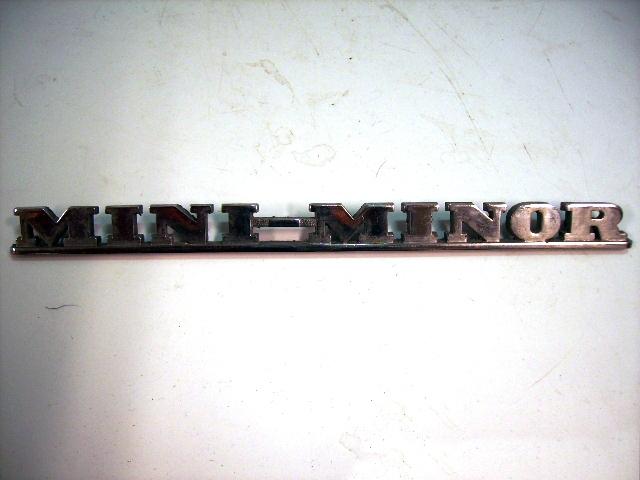 バッジ (リア) Mini Minor 純正 中古 英国車・MINIのレアパーツ エンブレム類(Emblem)