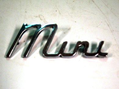 バッジ (リア) Mini MK1 純正 未使用 英国車・MINIのレアパーツ エンブレム類(Emblem)