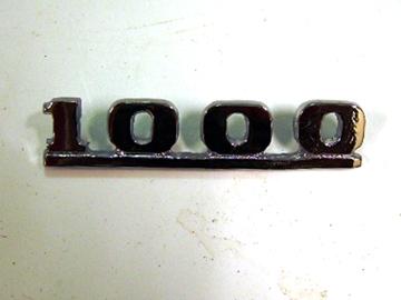 バッジ (リア) 1000 純正 未使用 英国車・MINIのレアパーツ エンブレム類(Emblem)