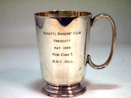 シルバープレート カップ Bugatti owners club D.Hull 1958 オートモビリア その他 絵皿・カップ・トロフィ