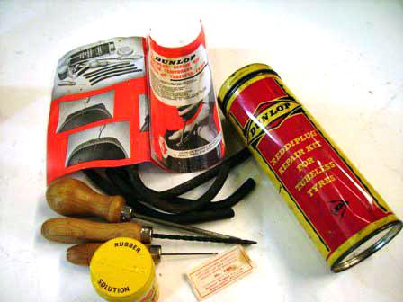 ティン・チューブ Repair Kit コンプリート・セット Dunlop 未使用 オートモビリア その他 ティン(缶)