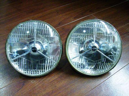 Lucas 3ポイントAssy(バルブ・ホルダー&バルブ付き )純正 中古品 ペア 英国車・MINIのレアパーツ ライト類
