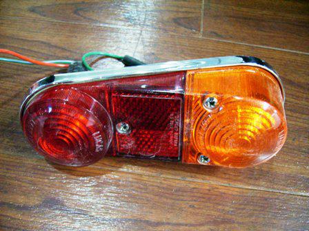 テール・ランプ バン・エステート 未使用 純正 英国車・MINIのレアパーツ ライト類