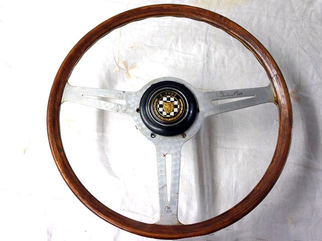 ステアリング レスレストン ボス付 ジャガーEタイプ 英国車・MINIのレアパーツ ステアリング