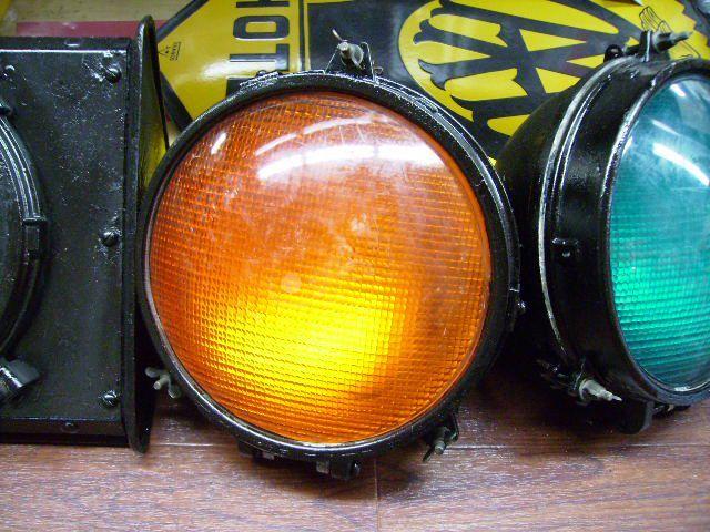 英国製 信号機ライト(オレンジ) オートモビリア その他 その他