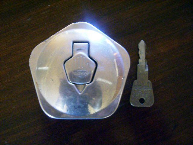 フュエル キャップ 中古 当時物 英国車・MINIのレアパーツ ボディ&エクステリア(Body/Exterior)
