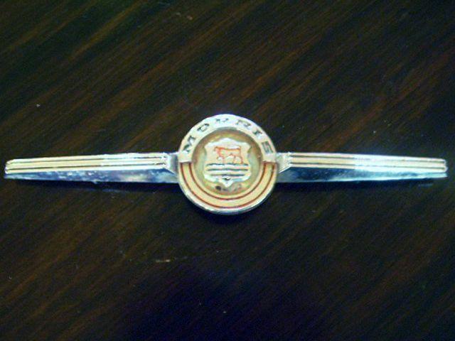 バッジ モーリス ミニ マイナーF 純正 中古 英国車・MINIのレアパーツ エンブレム類(Emblem)