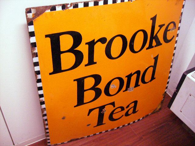 看板 BROOKE BOND TEA オートモビリア 看板 サインボード(エナメル他)