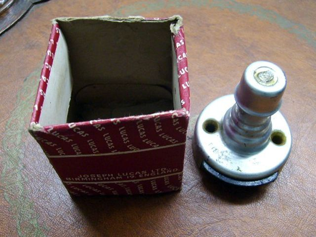 MK-1 前期型 Dip ライトスイッチ 箱付き 未使用 英国車・MINIのレアパーツ 電装関係(ランプ類を除く)