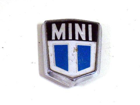 バッジ (フロント) MINI 1000 MK-3 純正 中古 英国車・MINIのレアパーツ エンブレム類(Emblem)