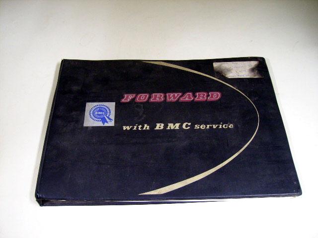 FORWARD WITH BMC SERVICE オートモビリア 印刷物 書籍