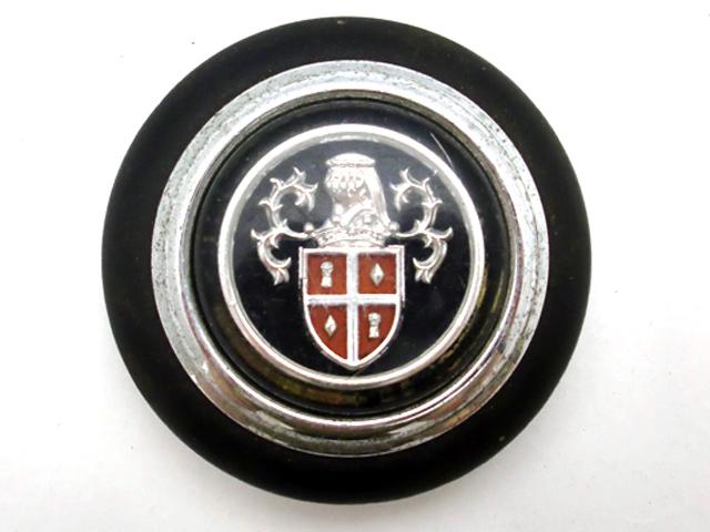 オースチン 1100 MK-1 中古 ステアリングホーンボタン 英国車・MINIのレアパーツ ステアリング