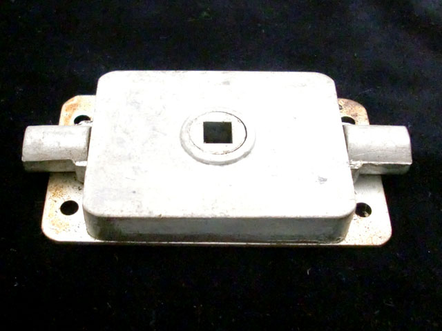 Mini Estate用(カントリーマン・トラベラー・バン) リア ドアロック 未使用 英国車・MINIのレアパーツ ボディ&エクステリア(Body/Exterior)
