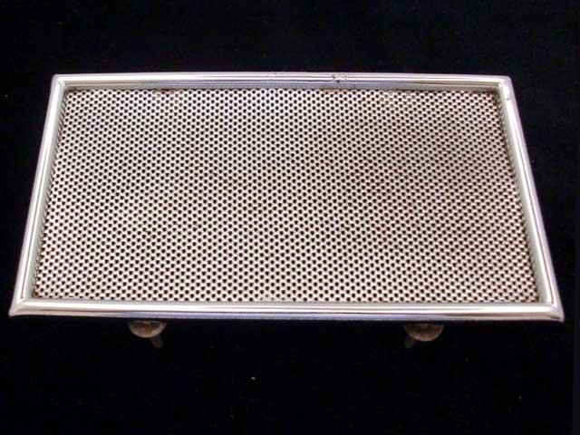 Mini MK1&2用 オリジナル スピーカー・カバー 英国車・MINIのレアパーツ ボディ&エクステリア(Body/Exterior)
