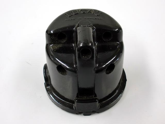 デストリビューター・キャップ オリジナル 未使用 Lucas 英国車・MINIのレアパーツ 電装関係(ランプ類を除く)
