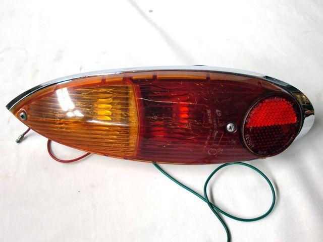 ADO16 1300  テール・ランプASSY 中古 英国車・MINIのレアパーツ ライト類