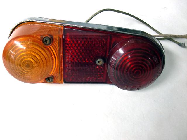 ミニバン・エステート  テール・ランプASSY 中古 英国車・MINIのレアパーツ ライト類