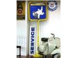 サインボード Michelin