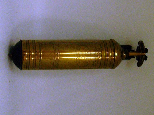 画像2: 消火器