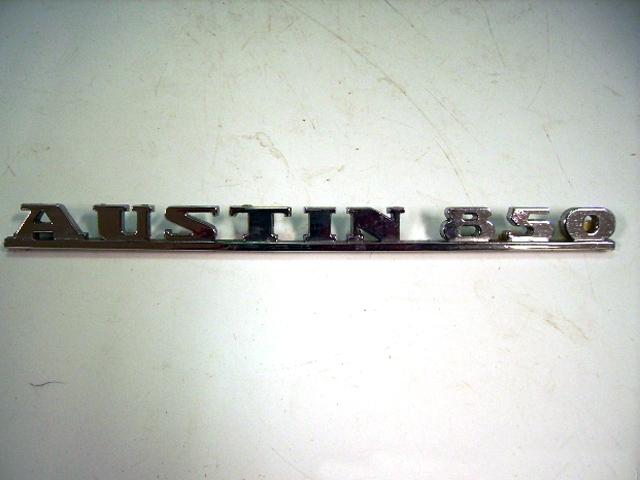 画像1: バッジ (リア) Austin-850 Morris Mini 850 純正 未使用