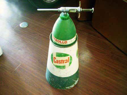 画像1: オイル缶&オイル差し Castrol