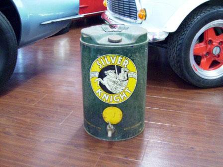 画像1: オイル缶 Silver Knights