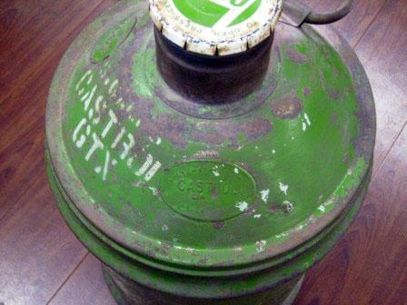 画像2: オイル缶 Castrol