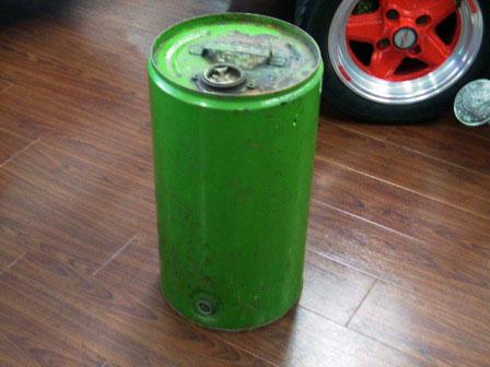 画像1: オイル缶
