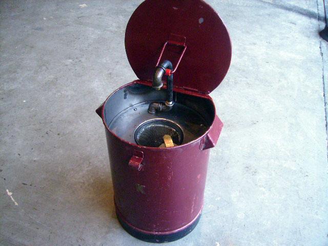 画像1: オイル缶 K ワインレッド