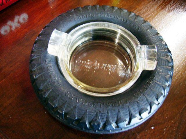 画像1: タイヤ灰皿